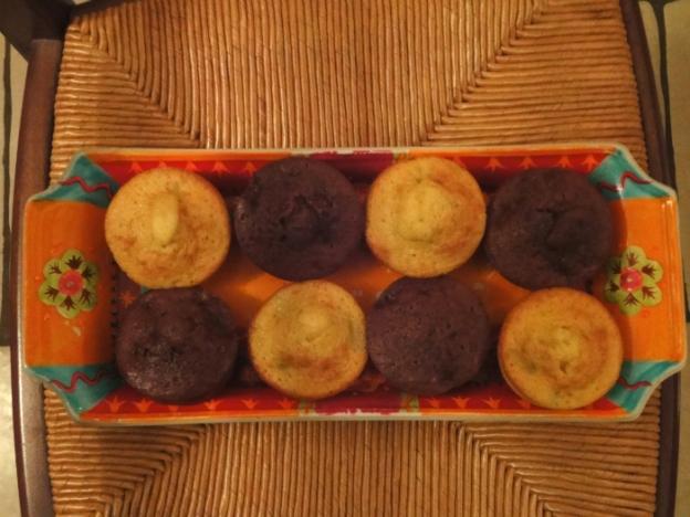 Bicolor Muffin Plate